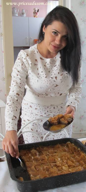 Amina baklave_347x768