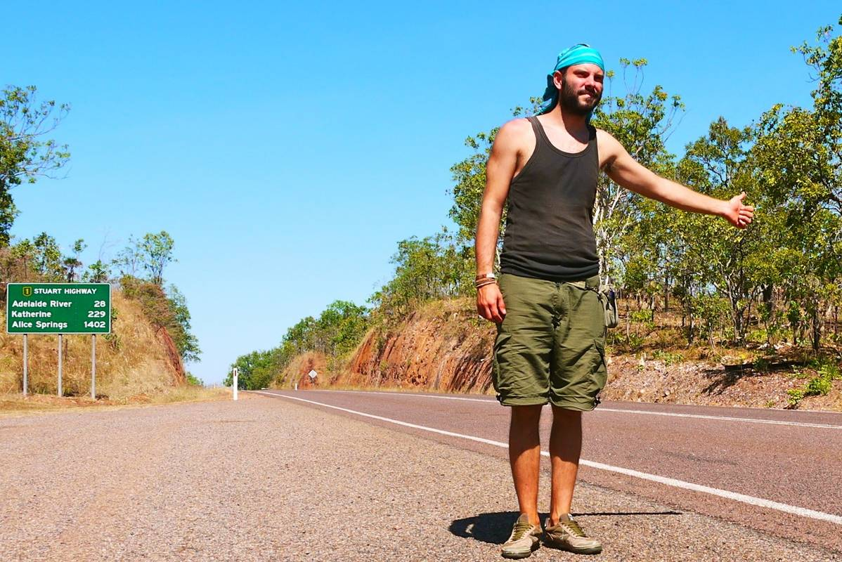 05-hitchhiking-in-Australia_1198x800
