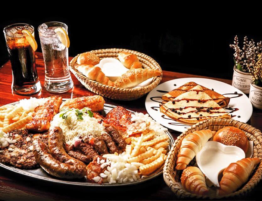 Mešano meso i palačinke