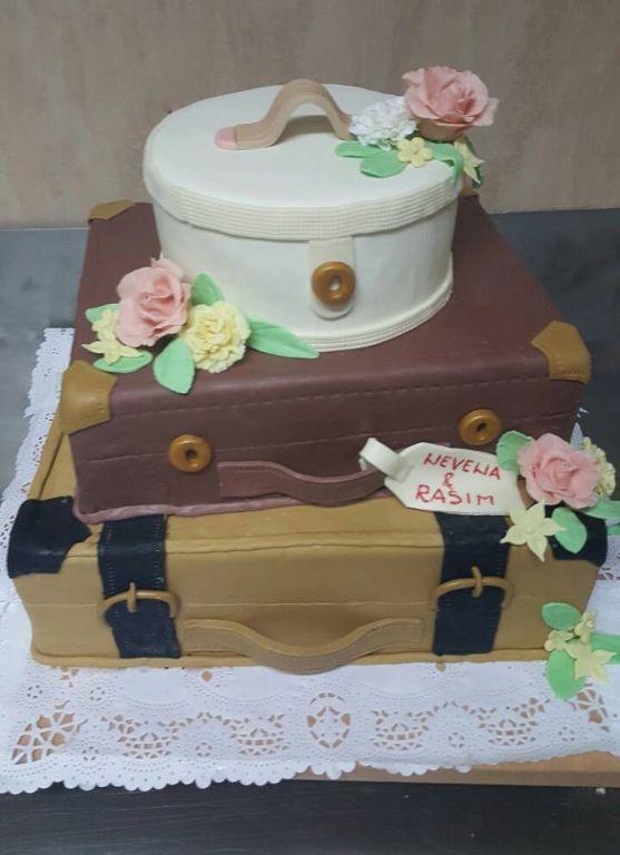 Mladenacka torta_557x768
