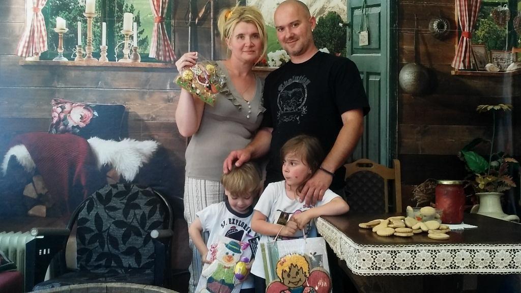 Porodica Maksimovic_1024x576