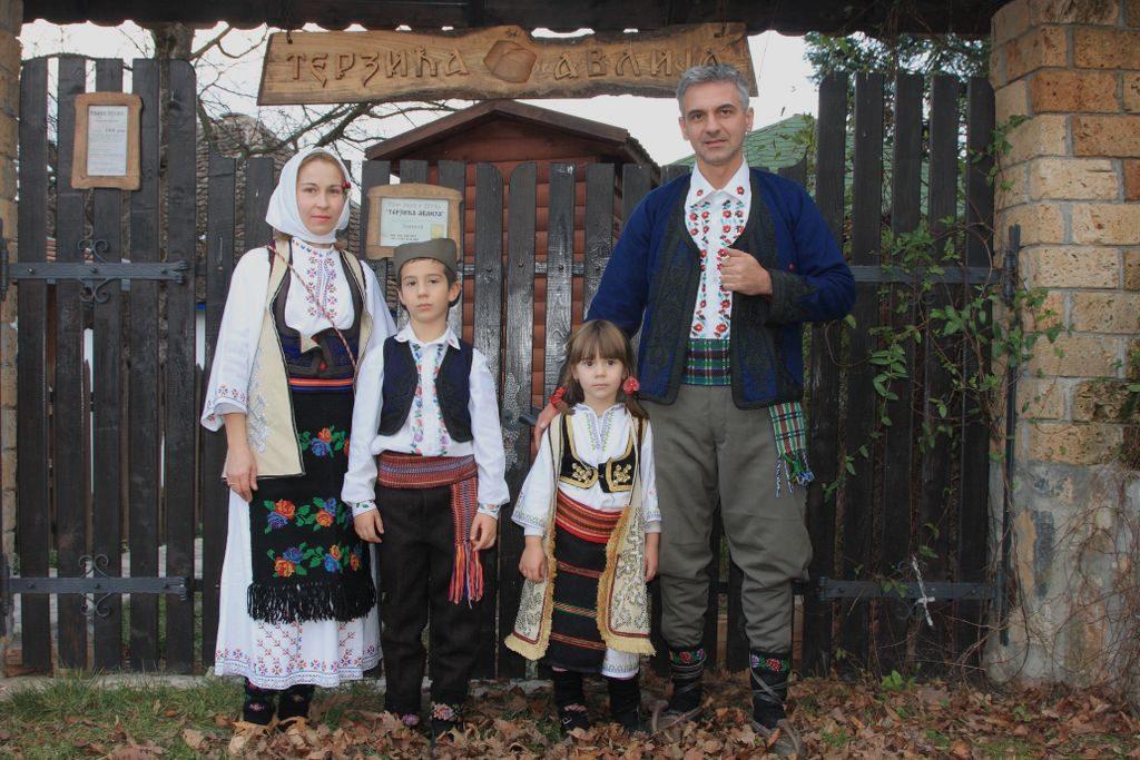 terzica-avlija-domacini-02-12-2008_1024x683