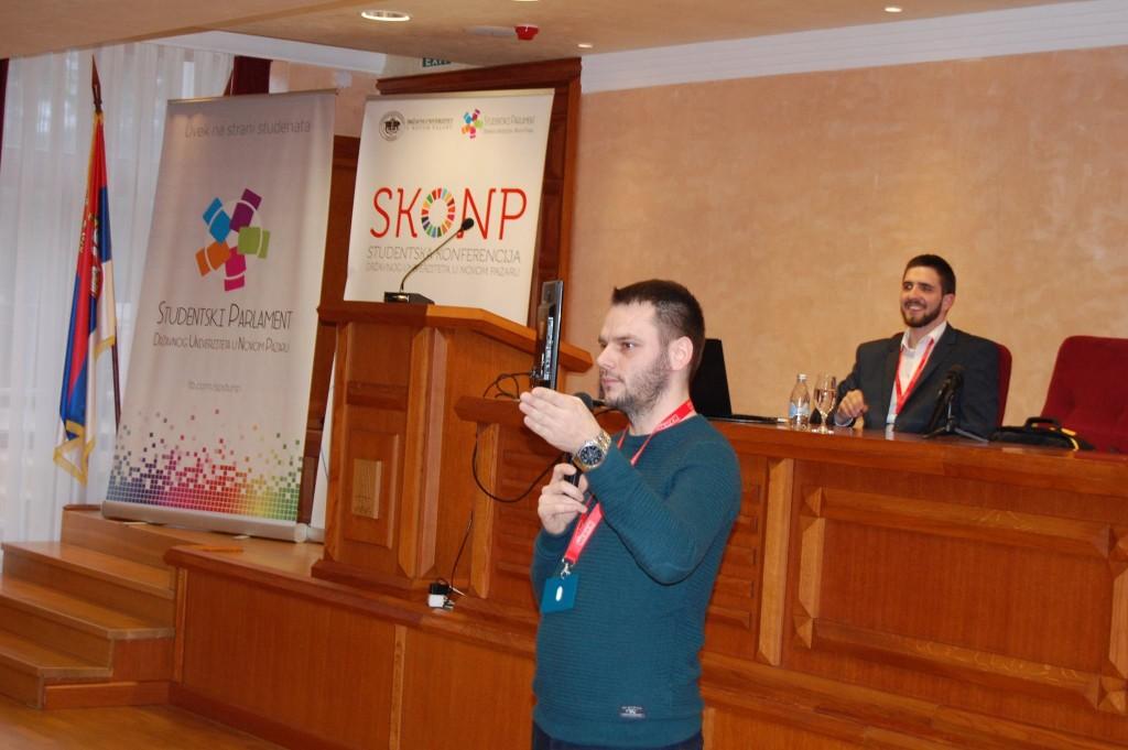 Nikola Vucicevic na predavanju