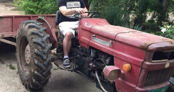 djuradj-caranovic-na-traktoru
